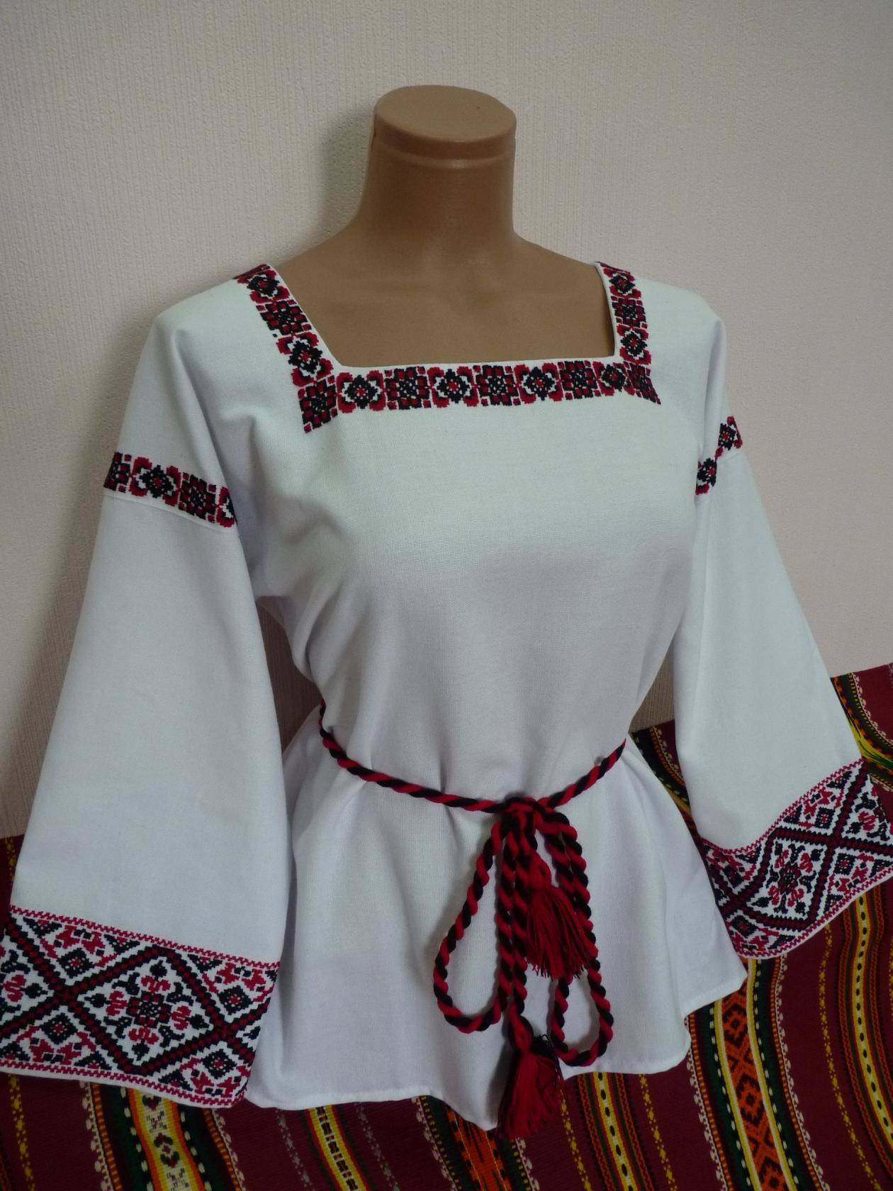 Магазин женской одежды элегант