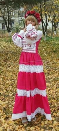 Жіноча вишита сукня мереживна придбати