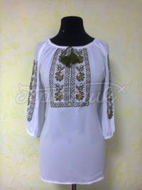 Женская вышитая блузка с цветами фото