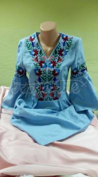 Вишита жіноча блузка в мексиканському стилі фото