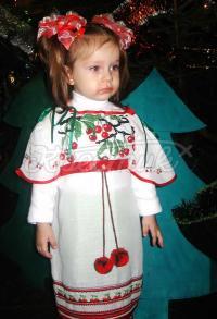 Детское вышитое бисером платье