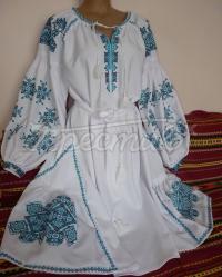 """Біла жіноча сукня вишиванка """"Роксолана"""" фото"""