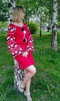 Жіноча вишита сукня Багряна придбати