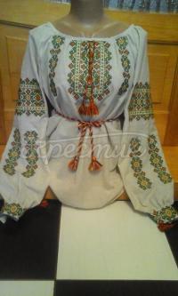 Жіноча вишивка з геометричним візерунком придбати