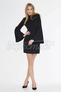 Платье черное прямого кроя фото