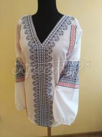 Вишита жіноча блузка Весняний розлив фото