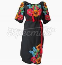 Чорне жіноче плаття з українською вишивкою