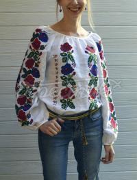 """Вышитая блузка """"Цветочная мечта"""" фото"""