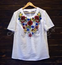 """Вишита жіноча футболка """"Квіткове поле"""" фото"""