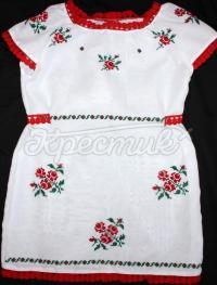 """Дитяче плаття вишиванка """"Троянди в рюшах"""" фото"""