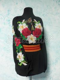 """Украинская черная вышиванка """"Розы и лилии"""" фото"""