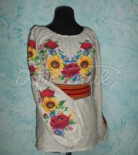Украинская вышиванка с яркими подсолнухами и маками на льне фото