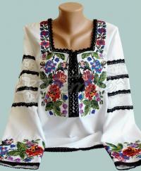 """Цветочная женская вышиванка """"Розовый рай"""" фото Крестик Киев"""