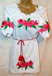 Жіноче плаття з незвичайними квітами