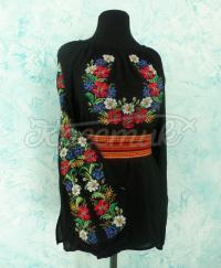 Квіткова жіноча вишиванка в укрстилі