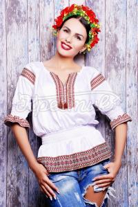 Блузка з українським орнаментом купити Україна