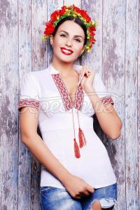 Українська блузка з візерунком замовити через інтернет