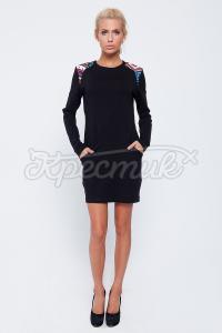 Платье ченого цвета с цветным узором купить.