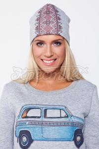 Жіноча шапка з українським узором замовити через інтернет