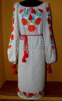 Українське вишите плаття з червоними маками фото