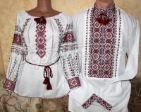 """Парні вишиванки для чоловіка та жінки """"Традиція"""" фото"""