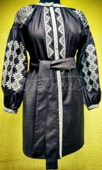 Вышитое черное женское платье ночь фото