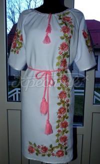 """Фото вышитое женское платье """"Розовые Лилии"""""""