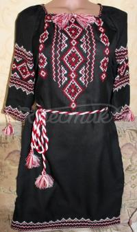 Украинское черное платье с вышивкой