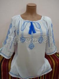 Ніжна шифонова блуза з блакитною вишивкою фото