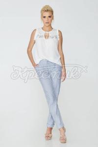 Неймовірно ніжна блуза білого кольору фото