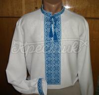 Мужская сорочка вышиванка в голубых цветах