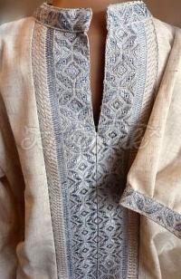 Чоловіча вишиванка на льоні лічильною гладдю