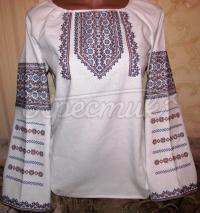 Женская вышиванка с украинской вышивкой