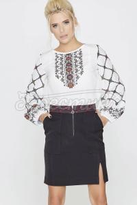Елегантна блуза з барвистим орнаментом фото