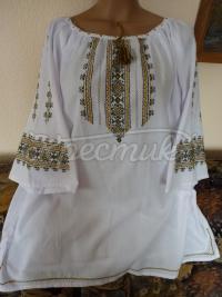 Жіноча вишиванка з орнаментом купити Київ