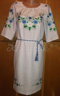 Ніжне жіноче вишите плаття