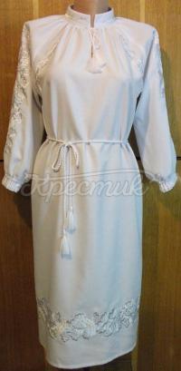 Українське плаття білим по білому