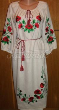 Плаття в українському стилі з червоними маками