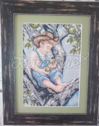 """Вышитая картина """"Мальчик на дереве"""" купить Киев"""
