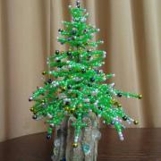 Дерево из бирера елочка