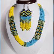 Українські сережки з бісеру