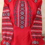 """Женская вышиванка """"Красные узоры"""" фото"""