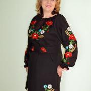 """Вышитое женское платье """"Ночные маки"""" фото"""