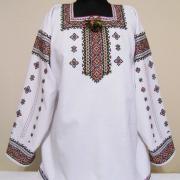 Нарядная женская вышиванка с люрексом - ручная вышивка