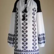 """Платье в украинском стиле с ручной вышивкой """"Маричка"""" фото"""