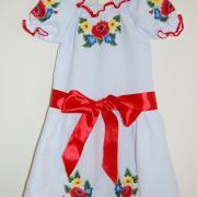 ФотоДетское платье с полевыми цветами гладью
