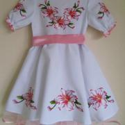 """Дитяче плаття вишиванка """"Рожева лілія"""" фото"""