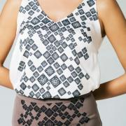 Жіноча шовкова блуза фото