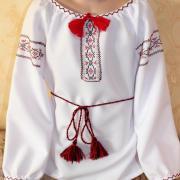 """Женская вышиванка """" Красная нить"""" купить"""
