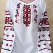 """Женская вышиванка """" Красные орнаменты"""" купить"""
